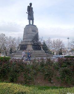 Памятник адмиралу П. С. Нихимову