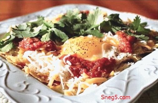 Huevos rancheros - мексиканские яйца по-деревенски