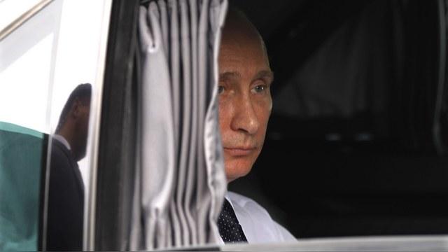 Путин в лимузине