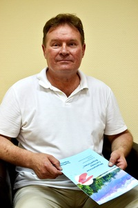 Михаил Владимирович Иванов — мануальный терапевт.