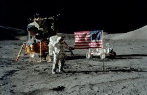 На Луну американцы не летали