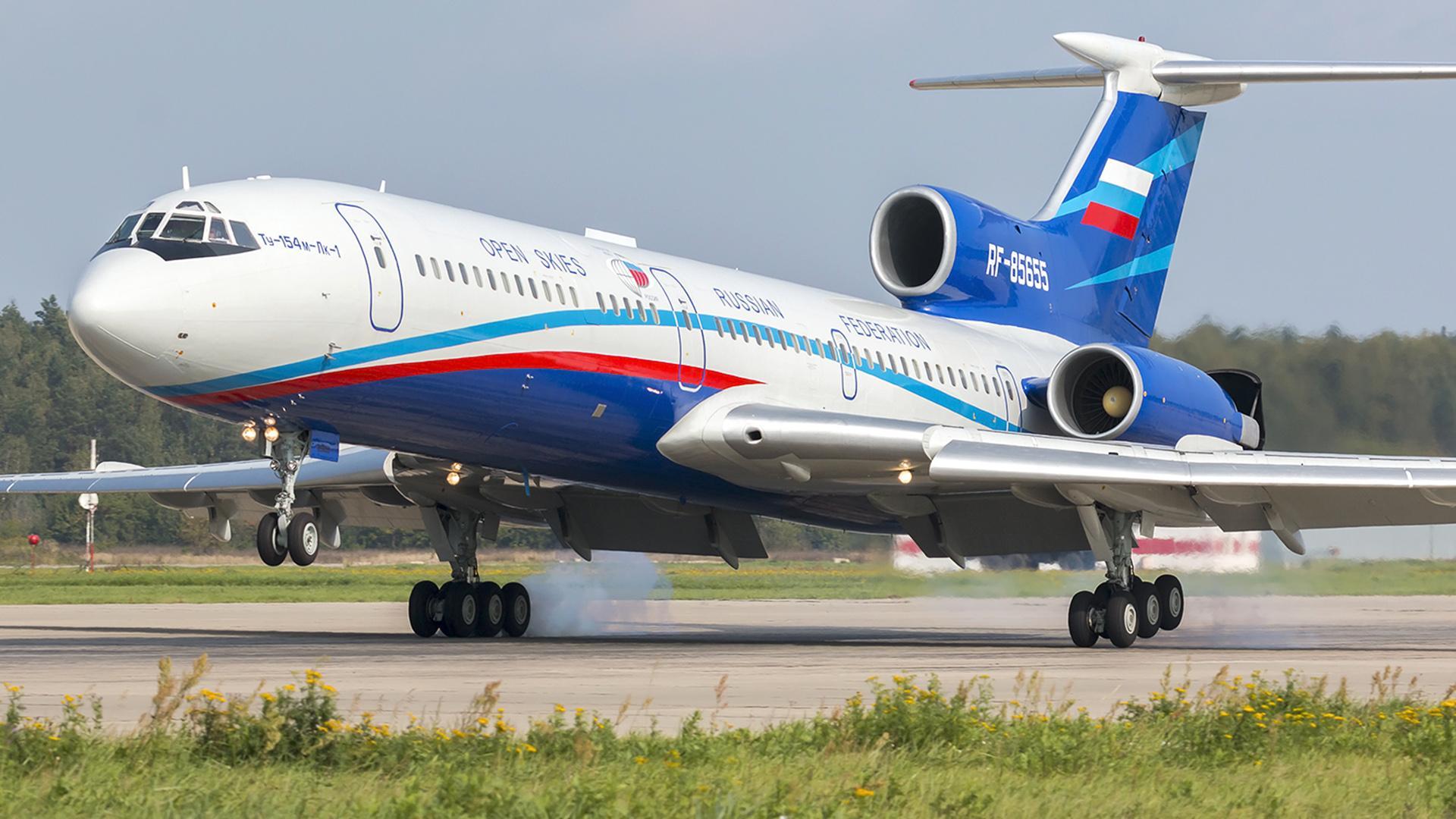 Открытое небо Tupolev_Tu-154M-Lk-1_1
