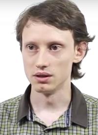 Илья Щуров — кандидат физико-математических наук, доцент кафедры высшей математики НИУ ВШЭ.