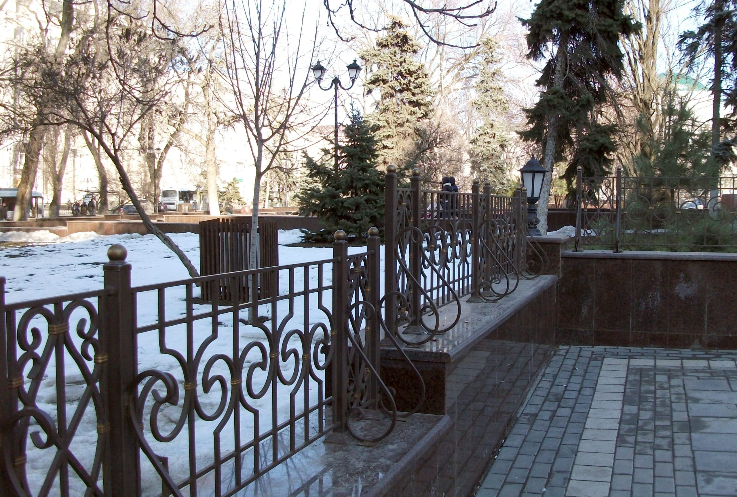 Сквер на площади Советов